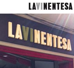 003d_rotulo_exterior_tienda_la_vinentesa_logo