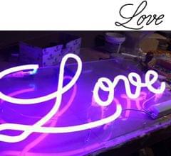 044b_love_neon_lila_metacrilato_logo