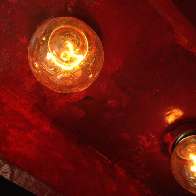 Letras incandescentes 15w para rótulo interior. Letras bombillas cliente Amarre 69