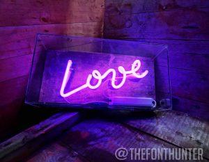 Neones_TFH-10_LOVE__